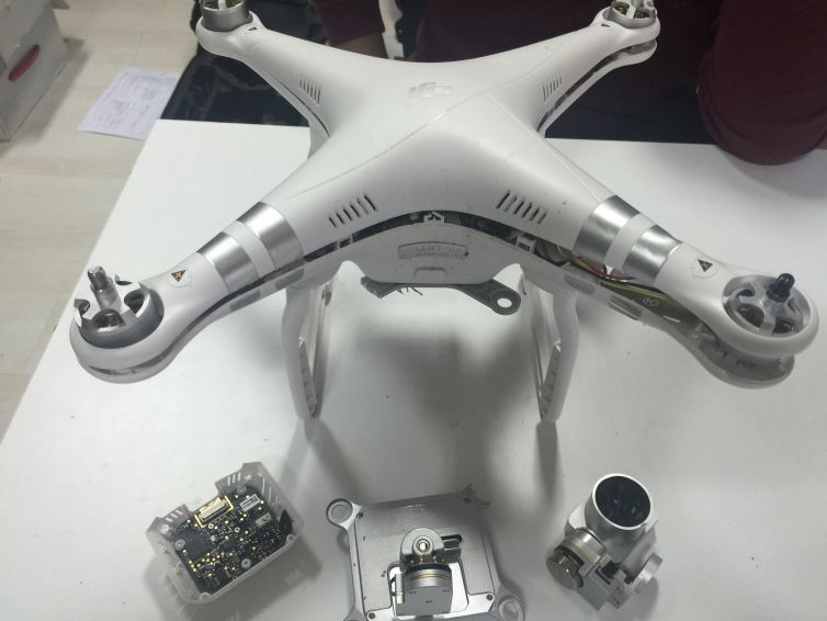 Phantom 3 Advanced Servis